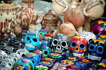 Day of the dead souvenir skulls, Dia de Muertos