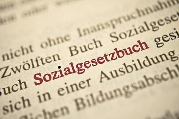 Sozialgesetzbuch - rote Schrift