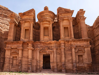 Largest monument in Petra, Monastery (ad Deir)