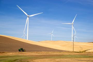 Green Energy Wind Turbines Rolling Agriculture Farmland