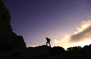 zirveye doğru kararlı tırmanış yapmak