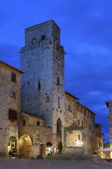 Fototapete - Tower in San Gimignano, Tuscany, Italy