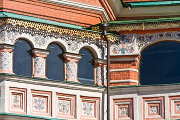 Temple of Vasiliy Beatific. Windows on a gallery