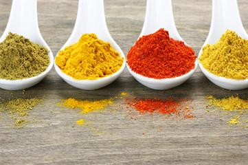 Fotorolgordijn Kruiden Assorted powder spices