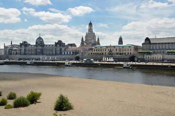 Elbe river cross Dresden