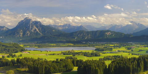 Wall Mural - Bayern Alpen Berge Landschaft Panorama