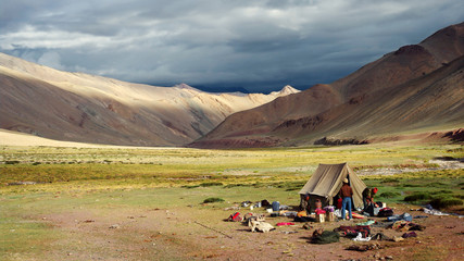 Wall Mural - camping in the Himalayas
