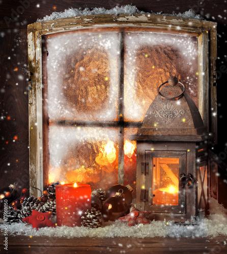 weihnachts fenster dekoration stockfotos und lizenzfreie bilder auf bild 71668050. Black Bedroom Furniture Sets. Home Design Ideas