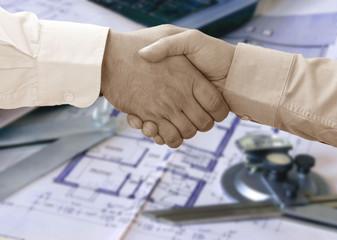 Vertragsabschluss mit Handschlag