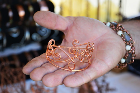 Hammered copper wire bracelet