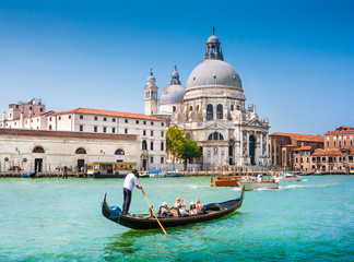 Foto op Plexiglas Gondolas Gondola on Canal Grande with Santa Maria della Salute, Venice