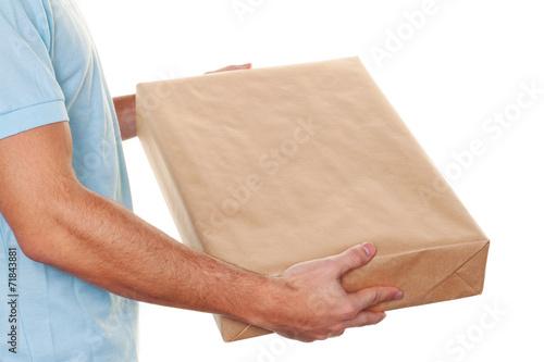 bote von botendienst liefert post paket stockfotos und lizenzfreie bilder auf. Black Bedroom Furniture Sets. Home Design Ideas