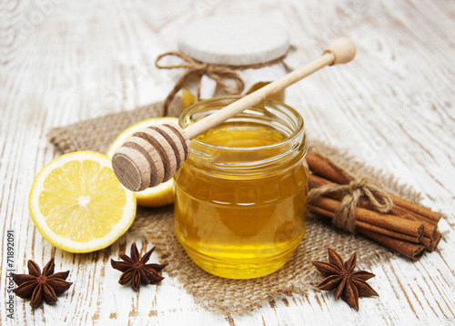 Чай с медом: как пить и его польза для здоровья