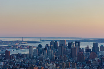 Fotomurales - Blue hour over Downtown Manhattan and Verrazano Bridge, NYC