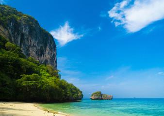 Sunny Waters Rock Island