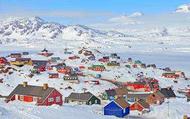 Poster de jardin Antarctique Colorful houses in Greenland