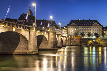 Fototapete - Mittlere bridge over Rhine river at sunset, Basel