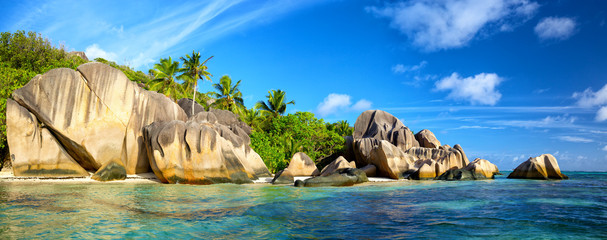 Wall Mural - Anse Source d'Argent beach panorama, La Digue, Seyshelles