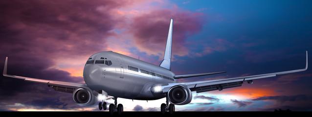 Take off für Passagierflugzeug am Abend