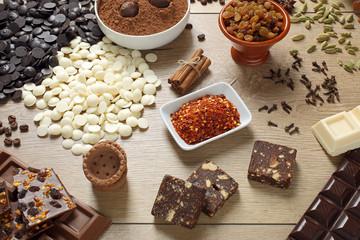 cioccolato e cioccolatini con ingredienti