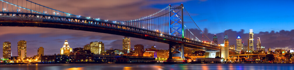 Acrylic Prints Bridges Philadelphia skyline panorama at dusk, US