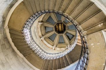 Escaliers d'une tour de Fourvière
