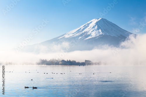 Wall mural Mountain Fuji and Kawaguchiko lake with morning mist in autumn s