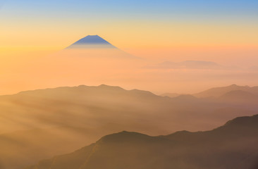 Wall Mural - Mt.Fuji and sea of clouds from Kitadake, Minami Alps, Japan
