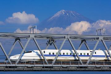 Fototapete - View of Mt. Fuji and train at Fujikawa, Shizuoka, Japan