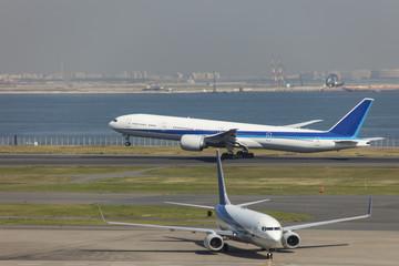羽田空港 離陸風景