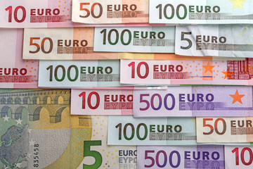 Numbers on the euro