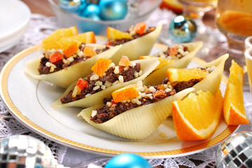 pasta shells stuffed with poppy seeds for christmas