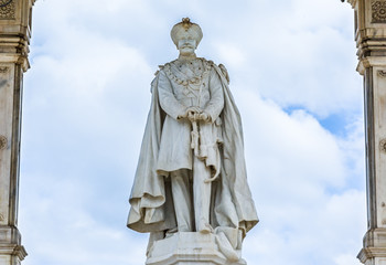 Obraz A Statue of the King of Mysore - fototapety do salonu