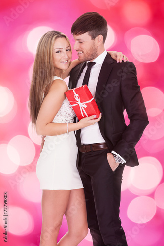 Dating gift giving