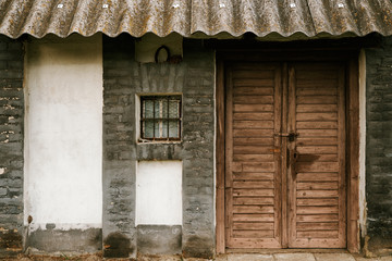 Old wineyard house