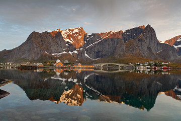 Wall Mural - Sunrise in Norway with reflection