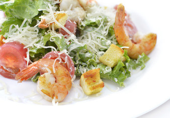 Salad with shrimps, cheese and vegetables 2