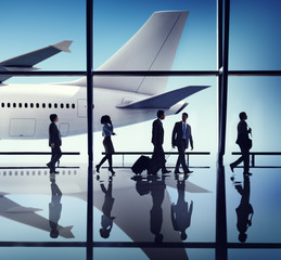 Business People Corporate Travel Airport Concepts