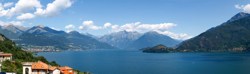 Panoramic images of Lake of Como