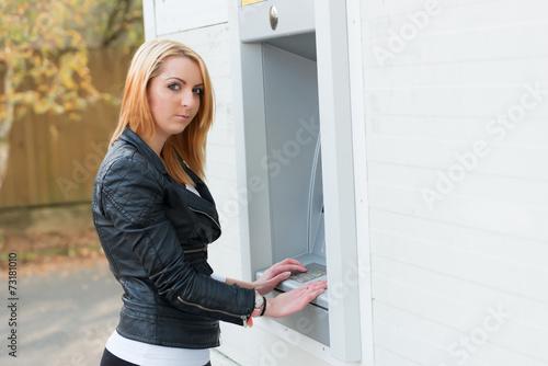Popular knock knock jokes