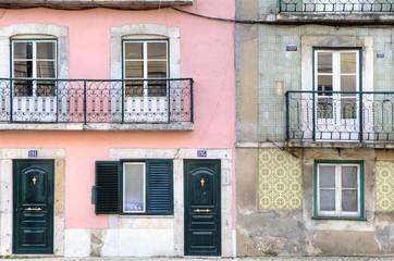 Lison Urban Houses