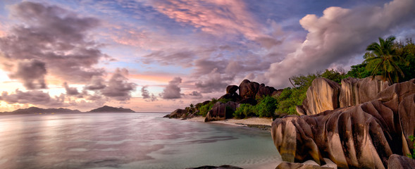 Wall Mural - Anse Source d'Argent panorama at twilight, La Digue, Seyshelles