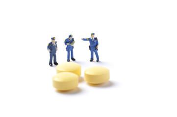 薬物と警察官