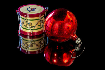 Christmas tree ornaments to help celebrate the season