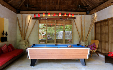 photo room for billiards