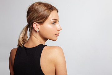 profile of a woman from the back