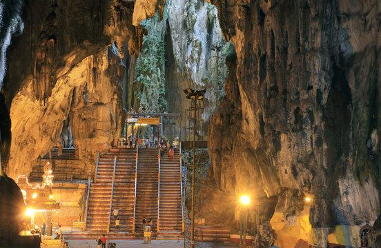 batu caves interior