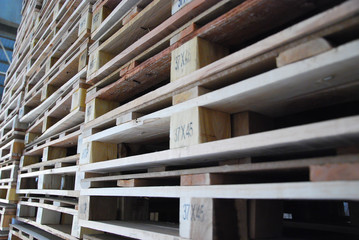 stack of pallet in warehouse