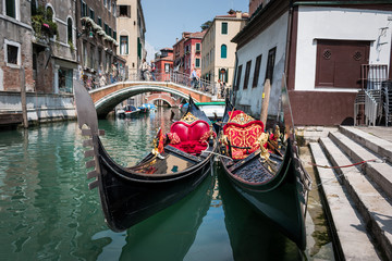 Gondoles quai maria formosa à Venise