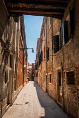 Ruelle rue dans à Venise Italie